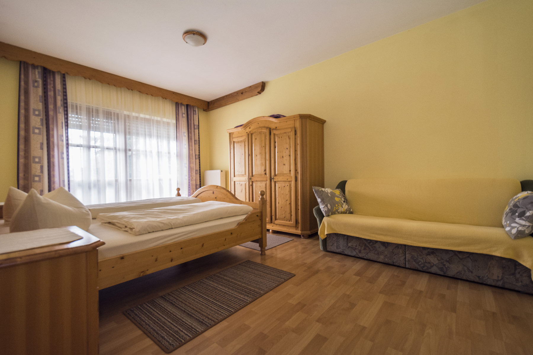 Ferienhof Unertl-Appartement 8 Bild 2